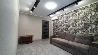 2-х кімнатна квартира на Нових Будинках, ремонт