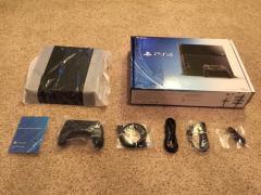 Абсолютно нова приставка PlayStation 4 500Гб