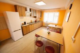 Dormitory near the metro Palace Ukraine