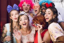 Фотокабинка або Веселе розвага на Ваше свято