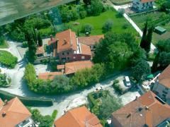 Готель в Словенії