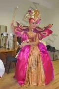 Карнавальні та театральні костюми