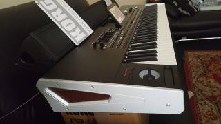Korg Pa4X 76 Professional Arranger (76-Key)