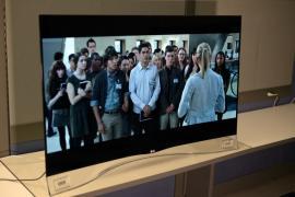 """LG EG9600 серії 55 """"-клас 4K Смарт Вигнуті OLED 3D-телевізор"""
