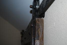 Механізм для розсувних дверей