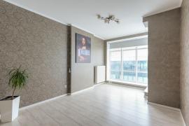 Продам 4 до квартиру в ЖК «Silver Breeze» за адресою Дніпровська на
