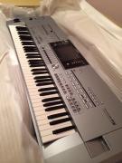 Продається Ямаха новачки-5 робоча станція Клавіатура