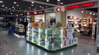 Терміново продам Торгове обладнання – острів з якісною LED