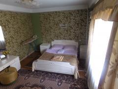 Центр Киева, посуточно. 4-комнатная квартира без посредников
