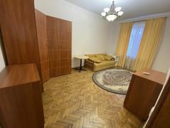 Здам трикімнатну квартиру на Печерську
